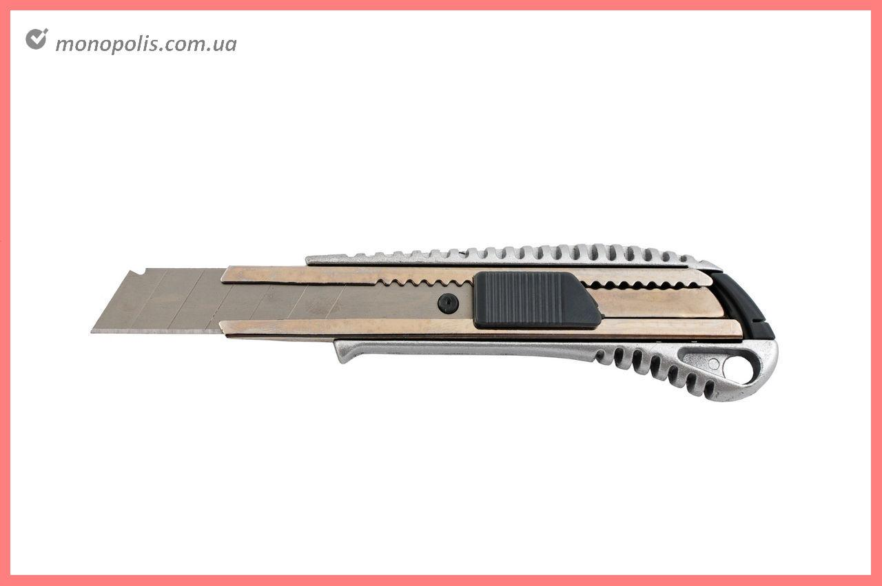 Нож Housetools - 18 мм, противоскользящий