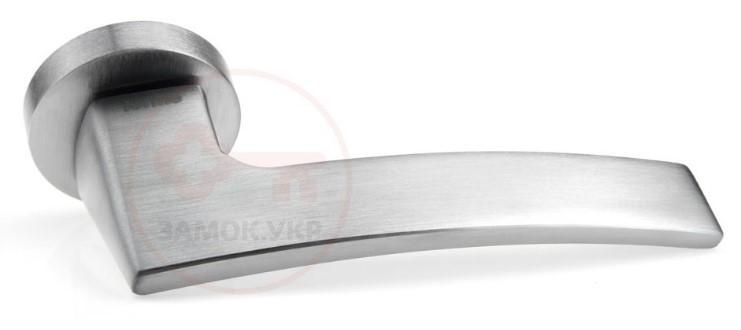 Дверная межкомнатная ручка Forme Elettra 219A хром матовый (Италия)