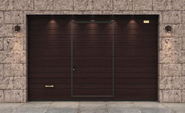 Ворота гаражные секционные Алютех со встроенной калиткой и цифровой печатью Венге классик