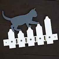 "Ключница настенная из дерева ""Кот на заборе"""