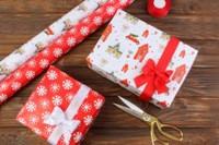 Новогодняя бумага для подарков