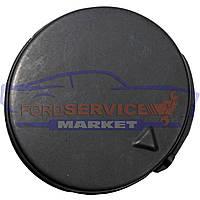 Заглушка буксировочного крюка переднього бампера чорна неоригінал для Ford Fiesta 6 c 02-05