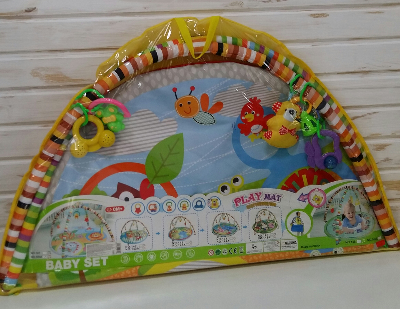Килимок для немовляти з дугами 141-142-146