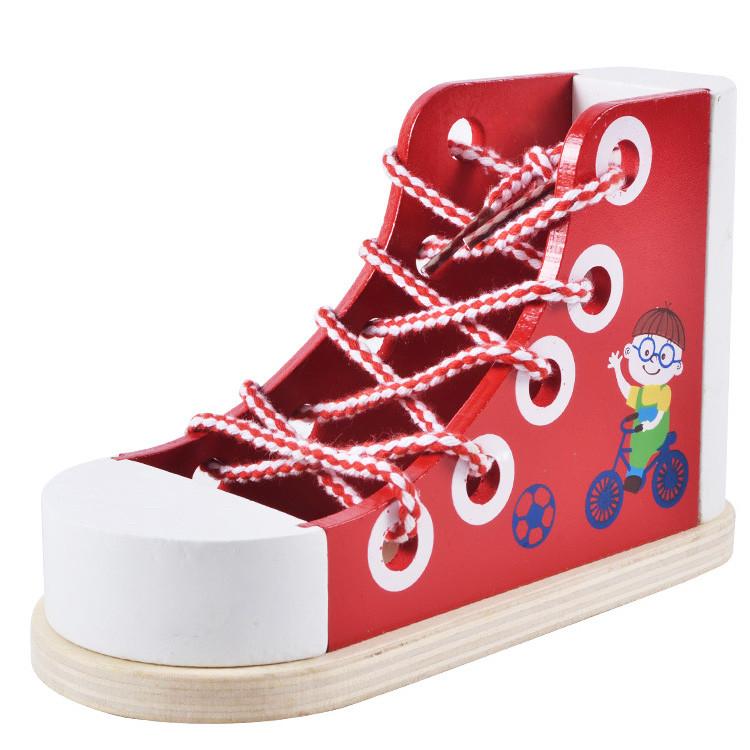 Деревянная шнуровка в виде ботинка