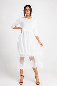 Нарядное нежное платье миди в белом  цвете в размере S/M и M/L