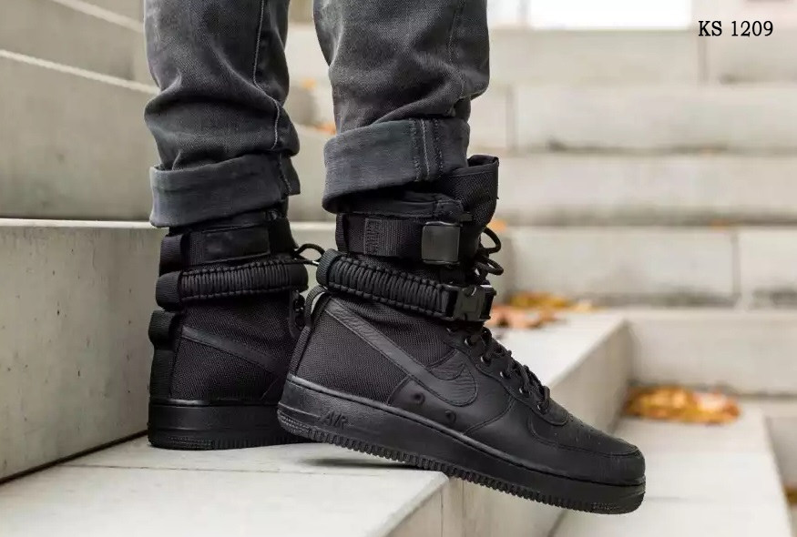 Nike SF Air Force 1 (черные) cas