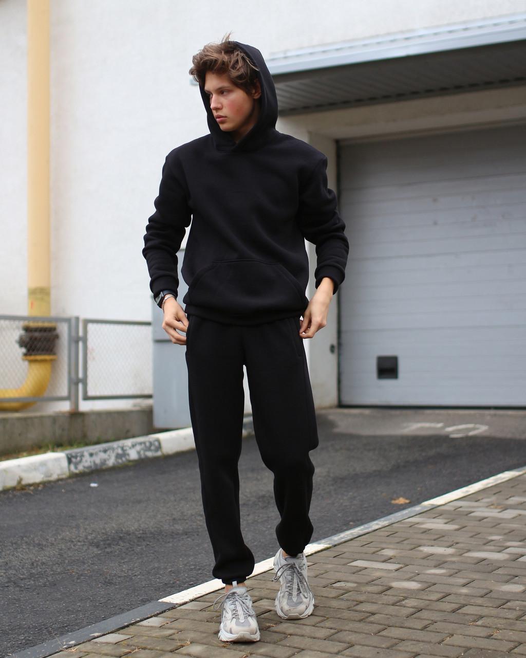 Спортивный костюм на флисе чёрный