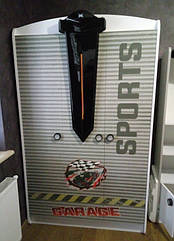 Шкаф трёхдверный из серии Автомобильные страсти