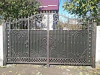 """Дворовые кованые ворота. Ручная ковка. Покраска супер эмалью """"Hammerite"""". Возможно доставка и установка."""