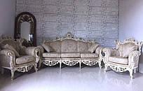 Мягкая мебель в стиле барокко диван на три места и два кресла