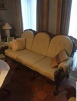 Набор мягкой мебели в стиле барокко б/у - два дивана и кресло.