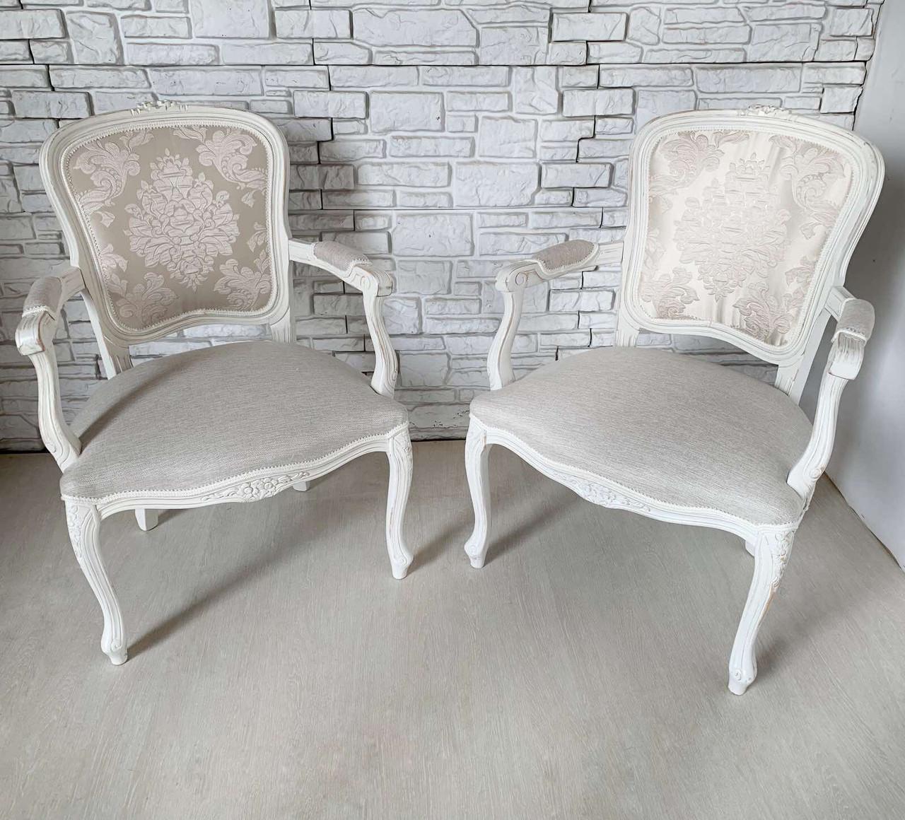 Італійське крісло бароко.  Ціна вказана за  1 шт.