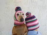 Набор женская шапка и шапка для собаки вязанные с помпоном, фото 6