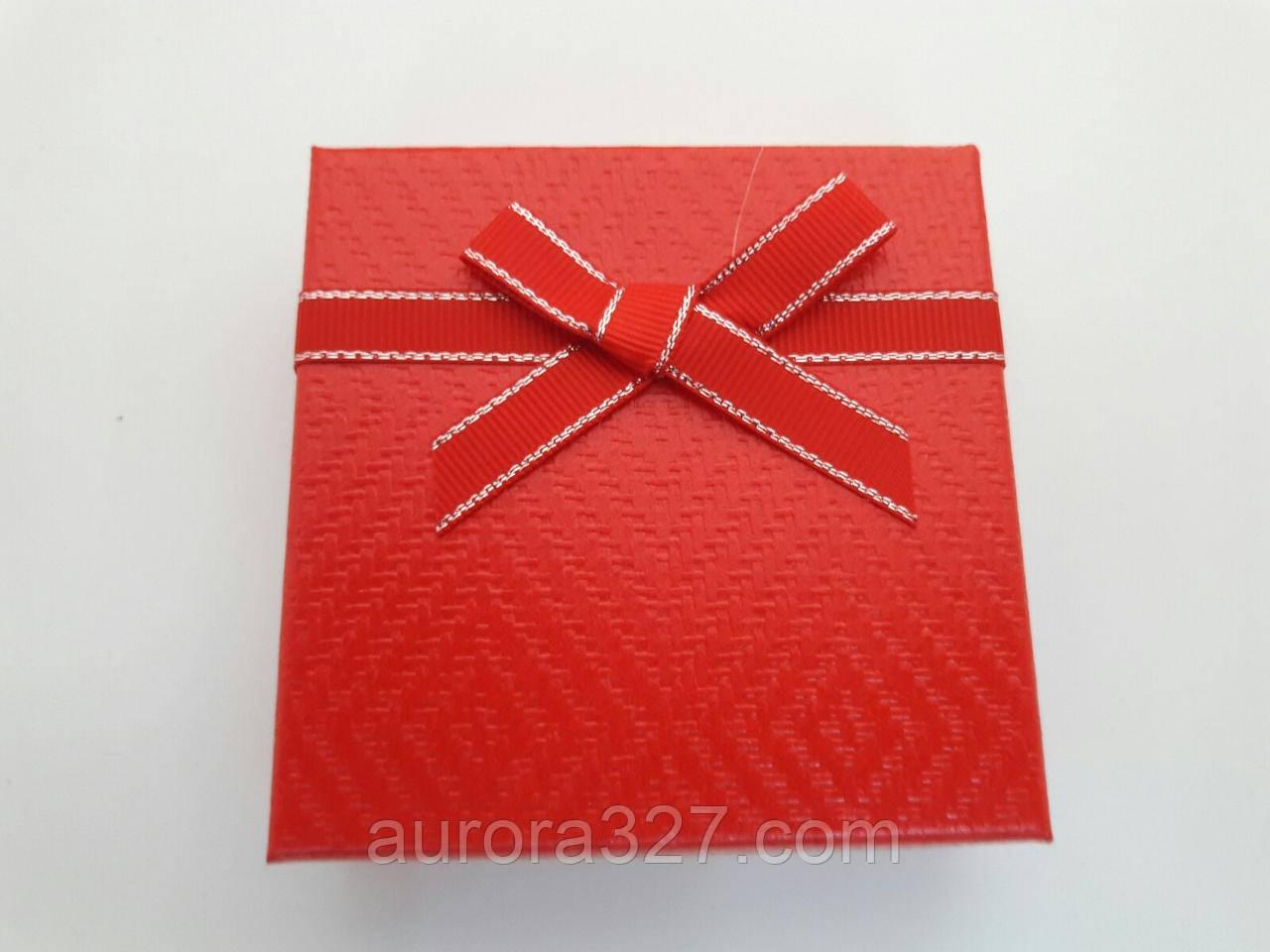 "Коробочка подарочная картонная ""Плетенка"" Красный 9х9х2,5см"