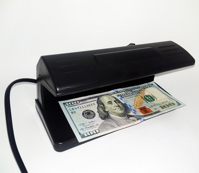 Ультрафиолетовый детектор валют UKC AD-2138 318