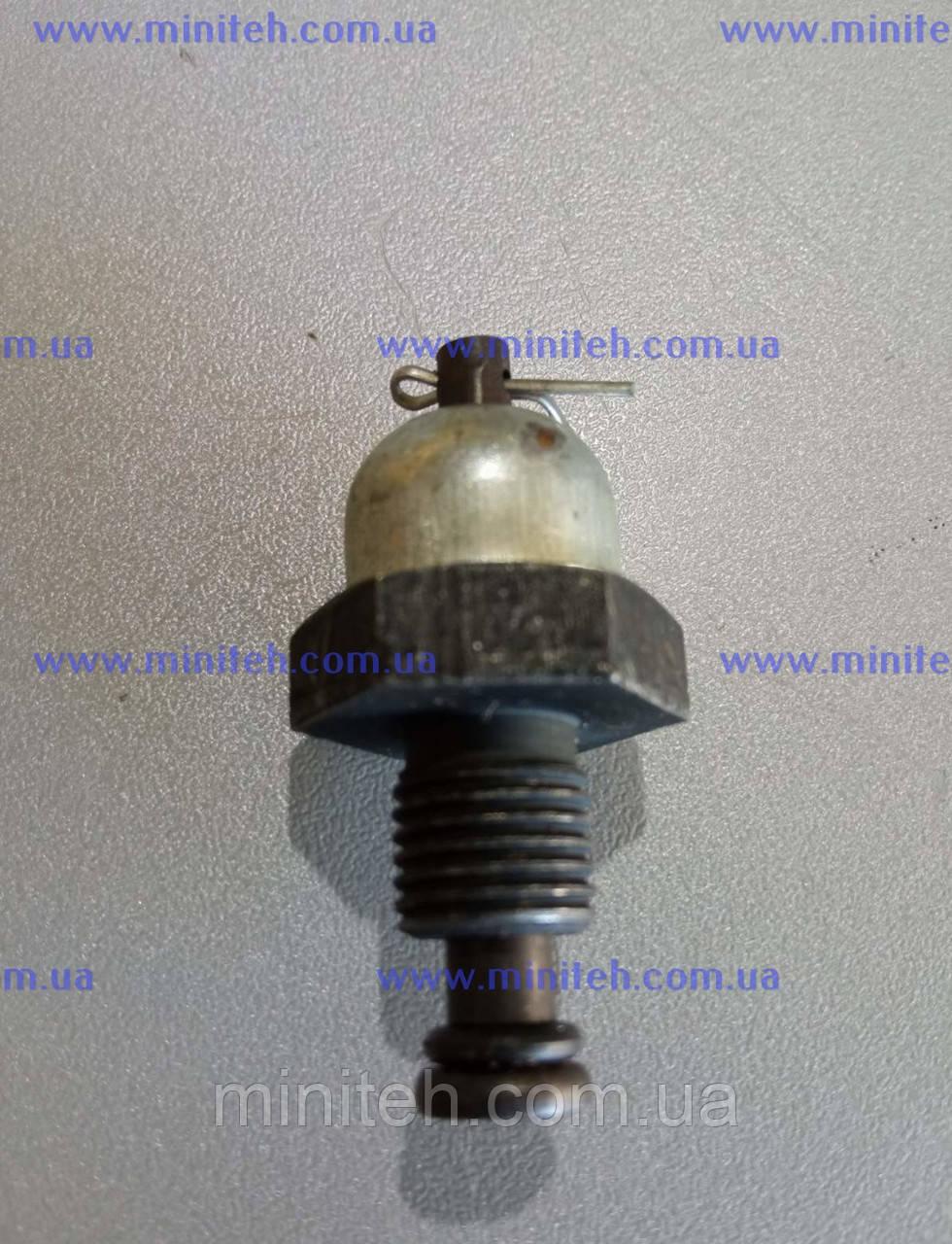 Датчик тиску масла двигуна R 175/180