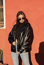 Женская широкая куртка со спущенным плечом из экокожи 42-46 р, фото 3