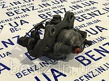 Супорт гальмівний задній правий Mercedes W212/C218/S212 A2124230181