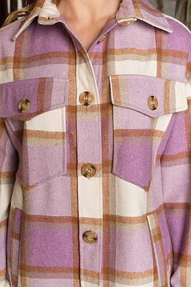 Теплая женская рубашка оверсайз в клетку удлиненная сиреневая, фото 2