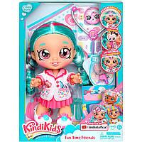 Кукла Kindi Kids Cindy Pops Доктор Синди Попс