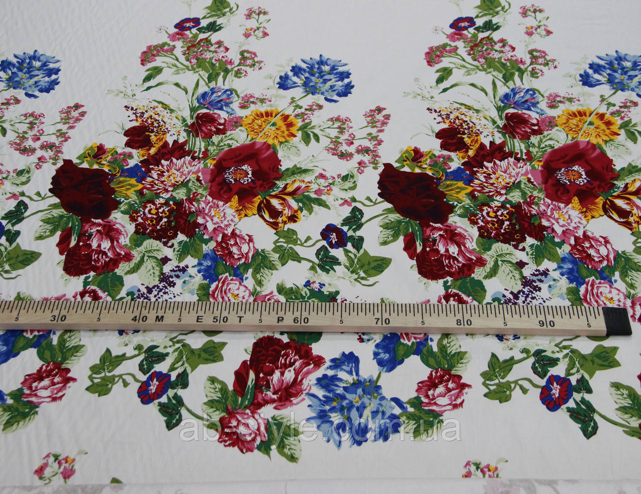 Коттон хлопок с эластаном цветочный принт купон на белом фоне Y 84