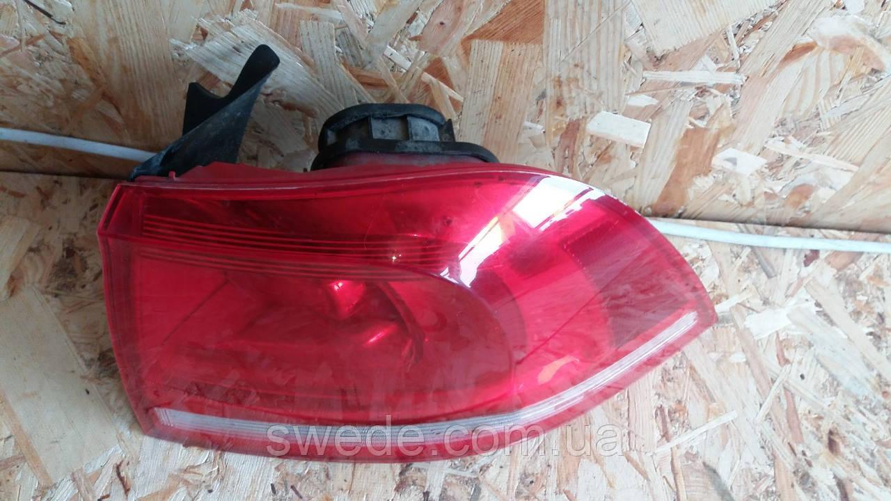 Фара задняя правая Volkswagen Touareg 2011 гг 7P6945096D