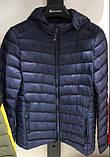 Чоловіче демісезонне чорна куртка з капюшоном, фото 2