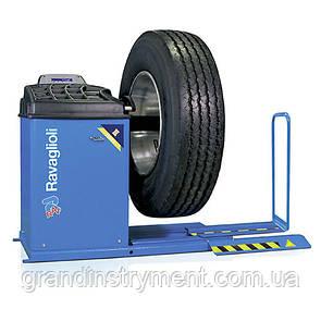 Вантажний балансувальний стенд з підйомником - Made in Italy RAVAGLIOLI GTL4-140RC