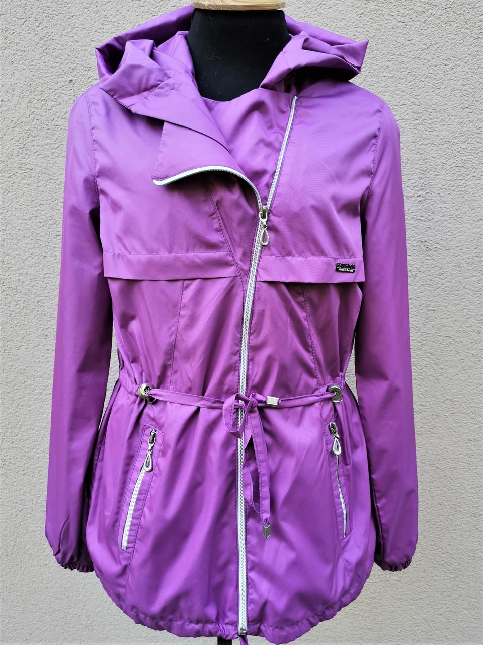 Куртка- ветровка для девочек.