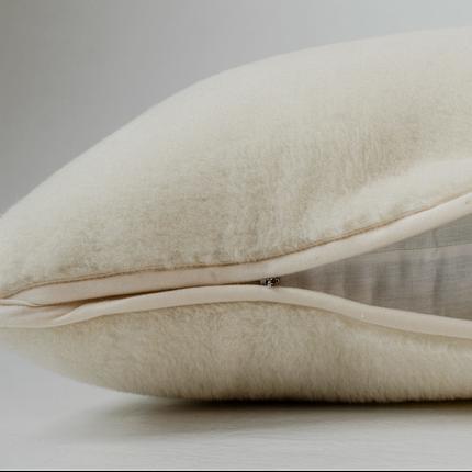 Подушка з вовни Меріноса Hilzer 40х40 см, фото 2