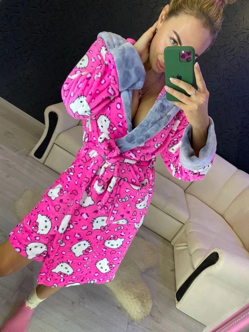Женский плюшевый розовый домашний халат с хелло китти