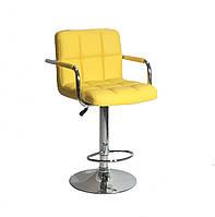 Кресло желтое на круглом хромированном блине с подлокотниками и подножкой для мастеров Arno Arm Bar CH-Base