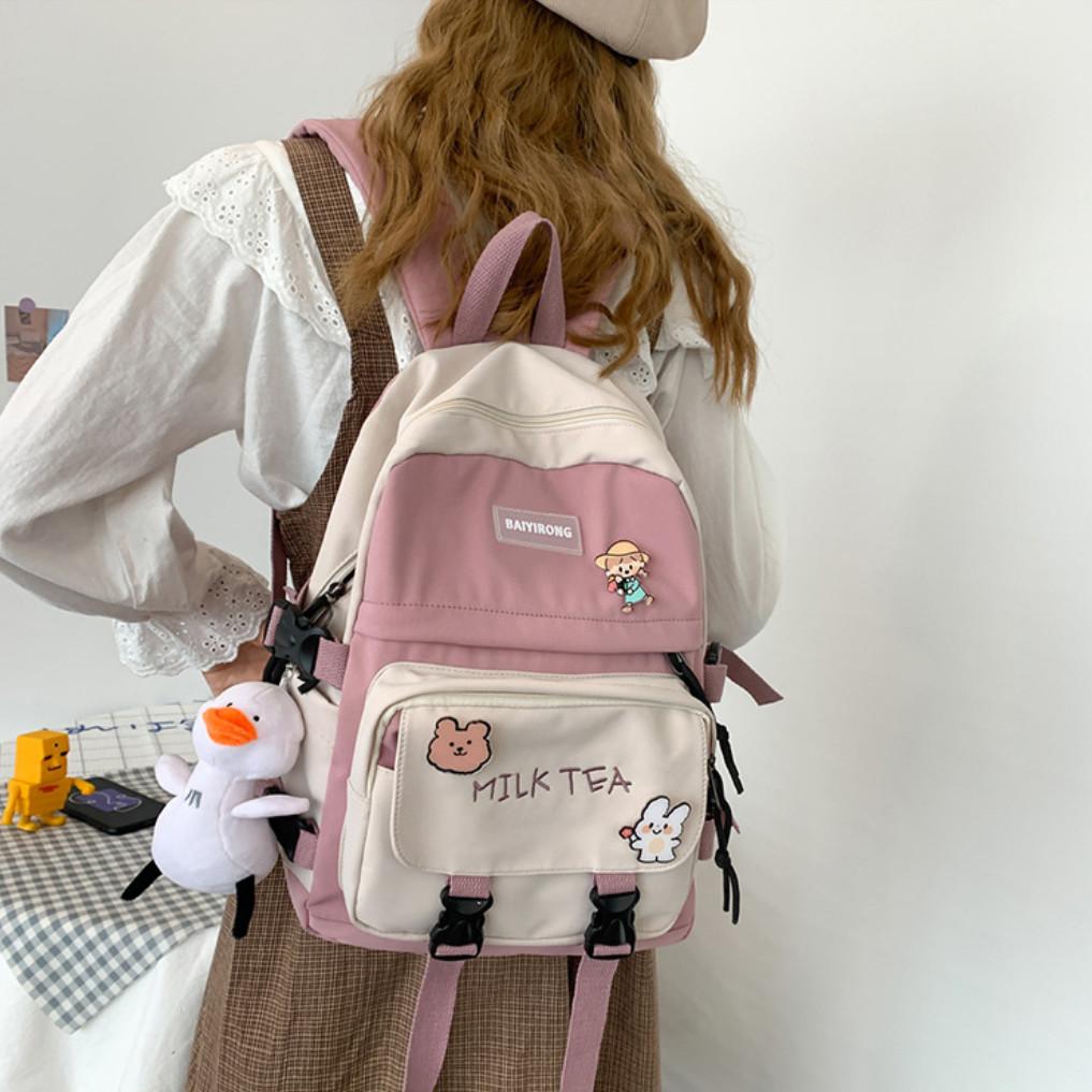 Рюкзак городской для учебы ноутбука в корейском стиле с игрушкой