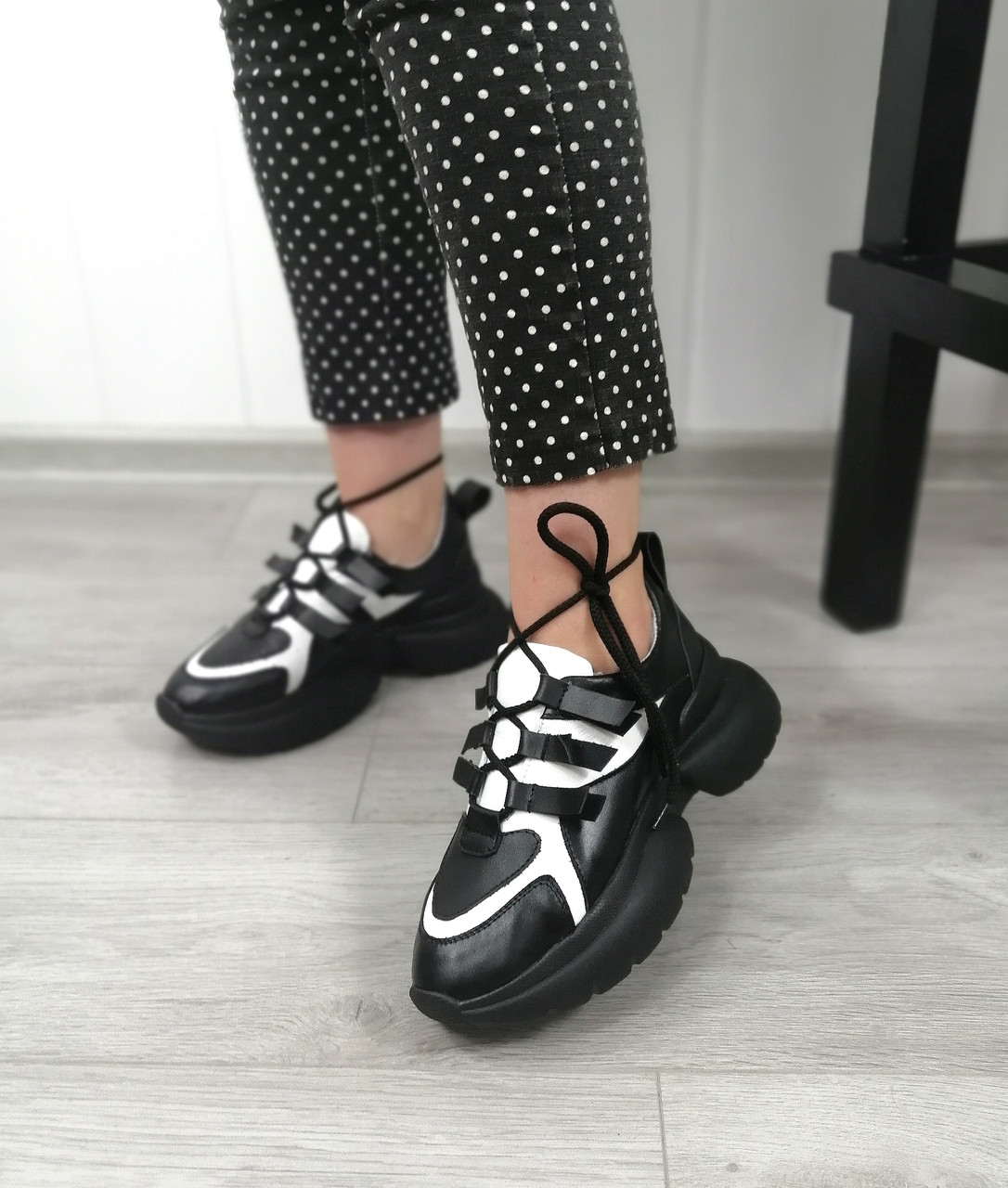 Комбинированные молодежные кроссовки от производителя