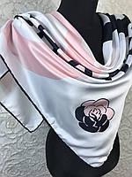 Шелковый брендовый белый платок с логотипом, фото 1
