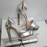 Женские серебряные босоножки из питона на высоком каблуке, фото 2