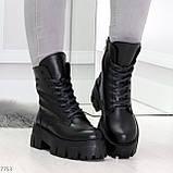 Модельные черные зимние женские ботинки гриндерсы из натуральной кожи, фото 2