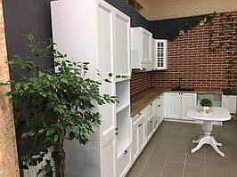 Кухня готовая белая в стиле современная классика. С выставки магазин г. Бровары