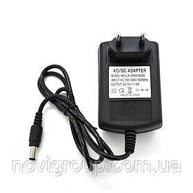 Імпульсний адаптер живлення 5В 3А (15Вт) Yoso штекер 5.5 / 2.5 довжина 0,9 м Q250