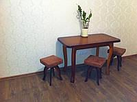 Кухонные столы с табуретками