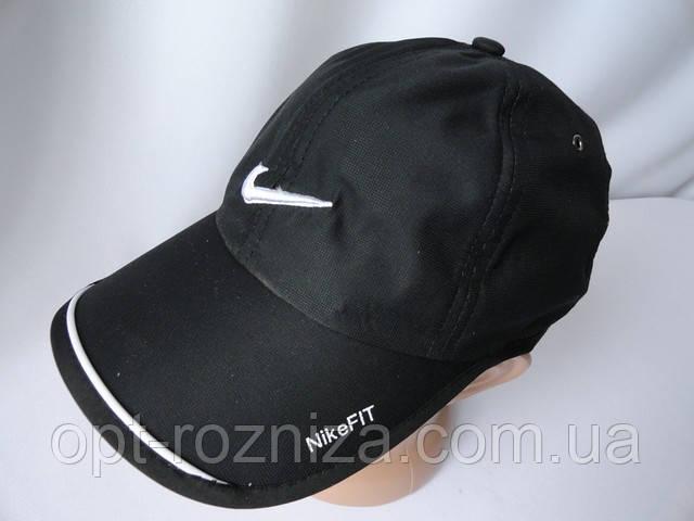 Мужские кепки с вышивкой с боку. Арт. 77301
