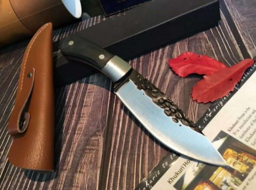 Охотничий нож ручной роботы MAD BULL B09