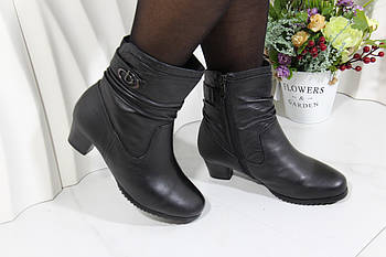 Женские ботинки Battine на низком каблуке M669