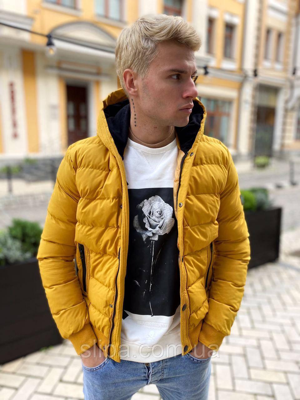Стильная мужская куртка дутая жёлтая с капюшоном