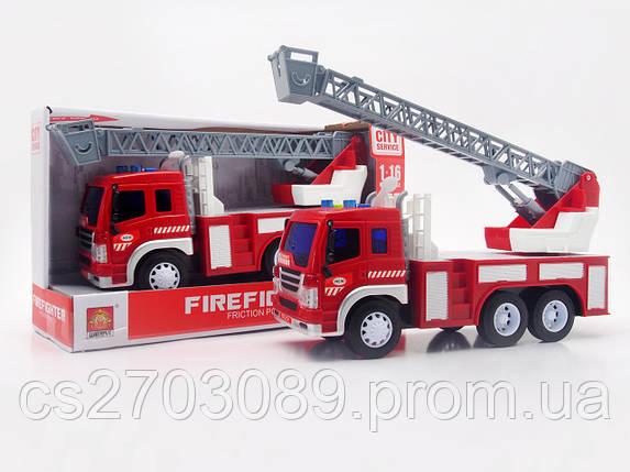 Фрикционная машинка пожарная со светом и звуком, фото 2