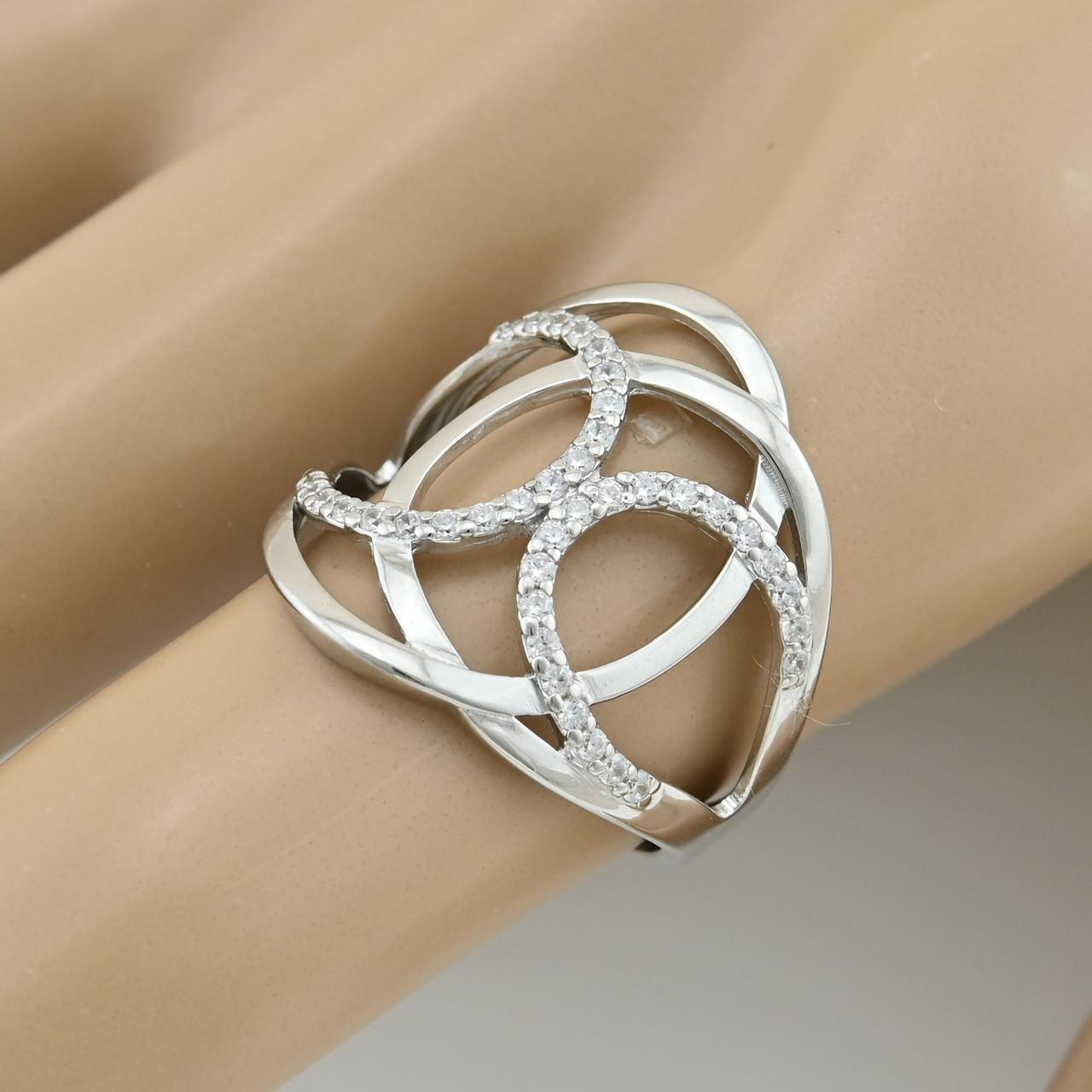 Серебряное кольцо Ш729 размер 18 вставка белые фианиты вес 3.2 г