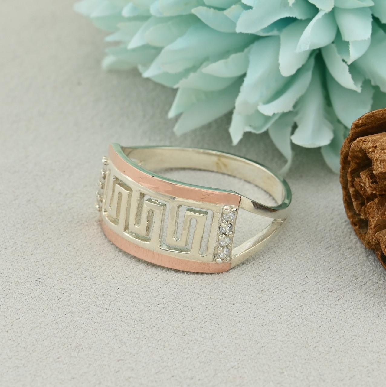 Серебряное кольцо с золотом Византия размер 20.5 вставка белые фианиты вес 3.6 г