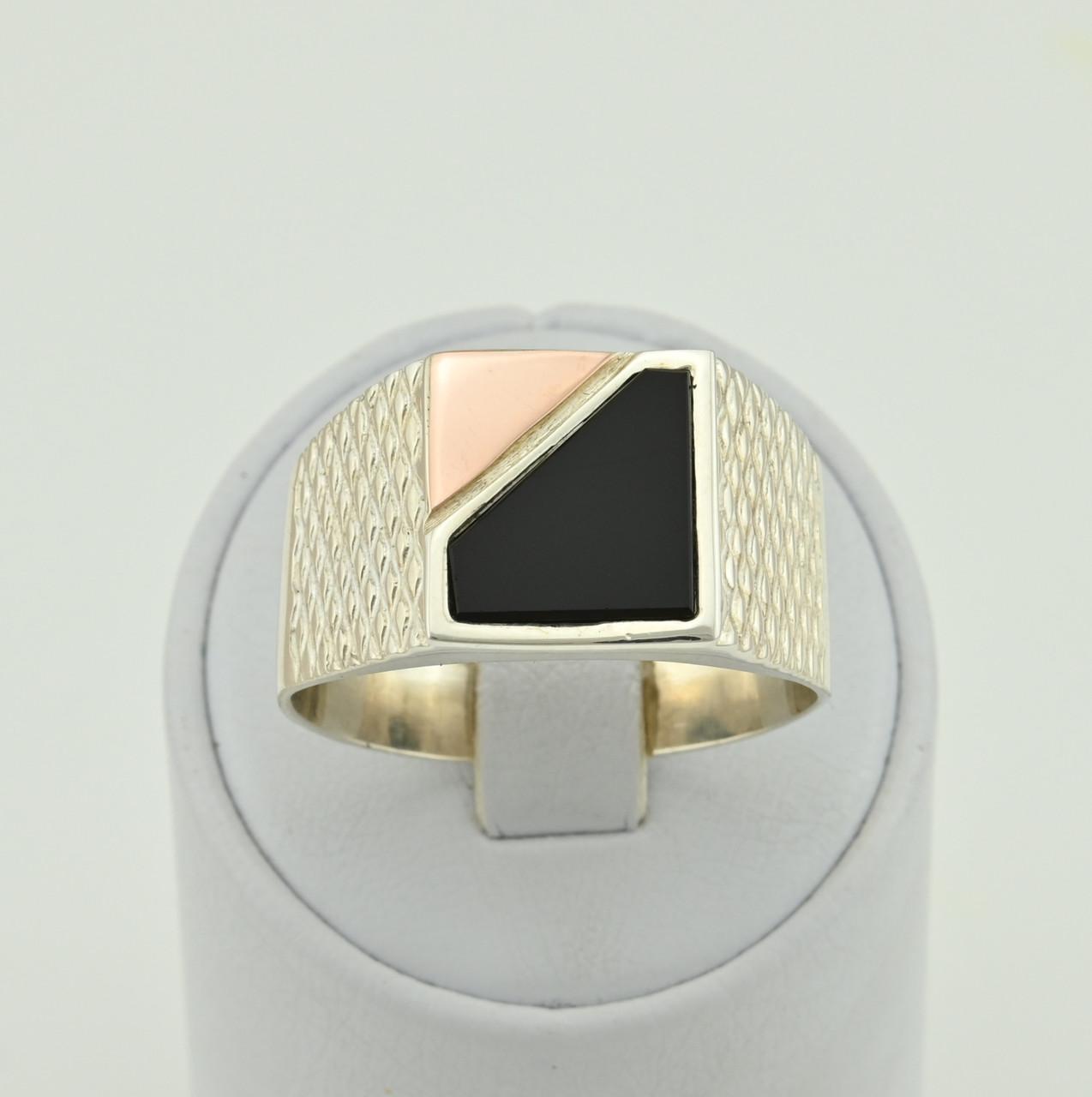 Серебряная печатка с золотом Аид размер 24 вставка оникс вес 11.6 г