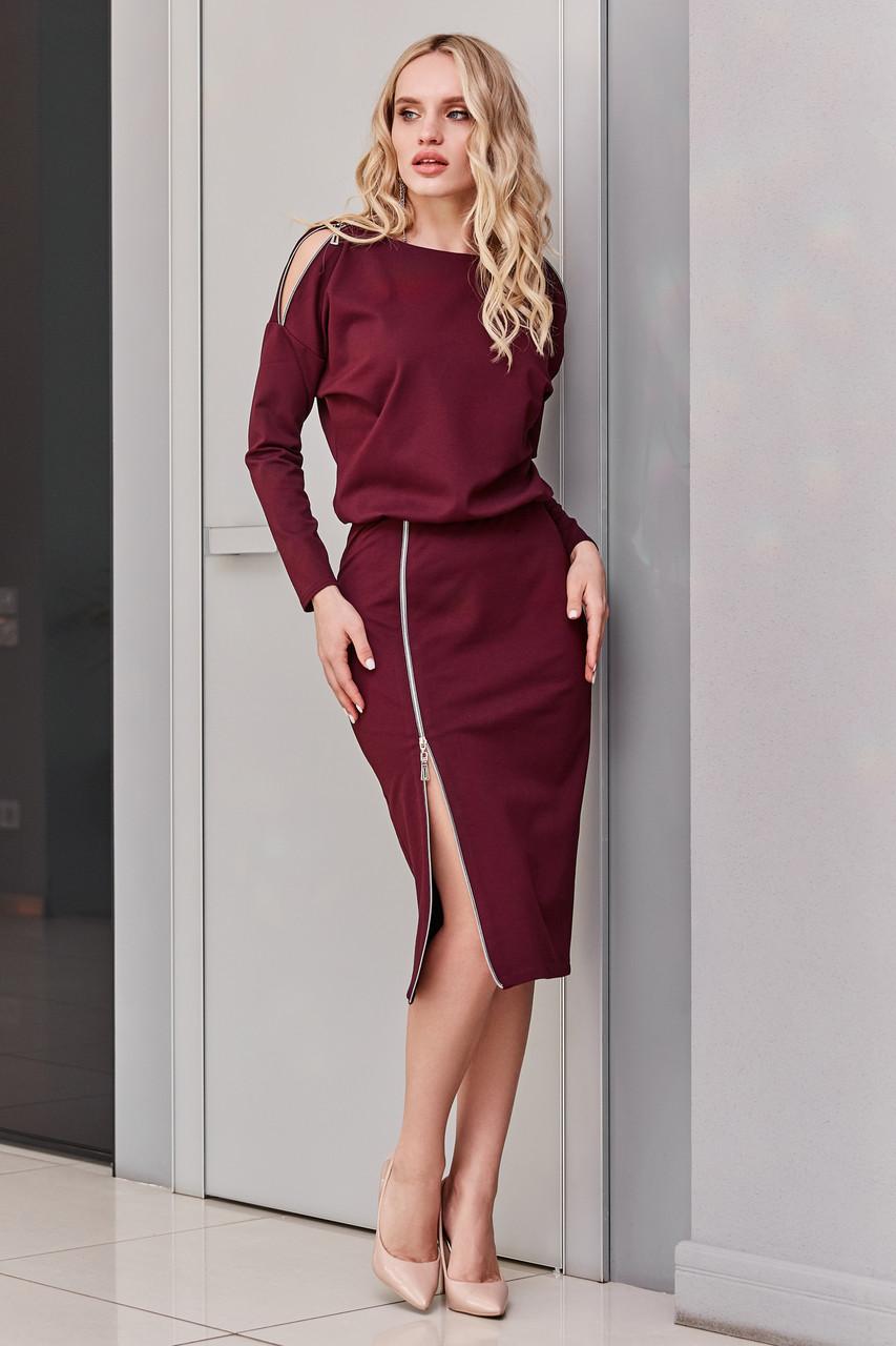 Трикотажное платье марсала миди повседневное
