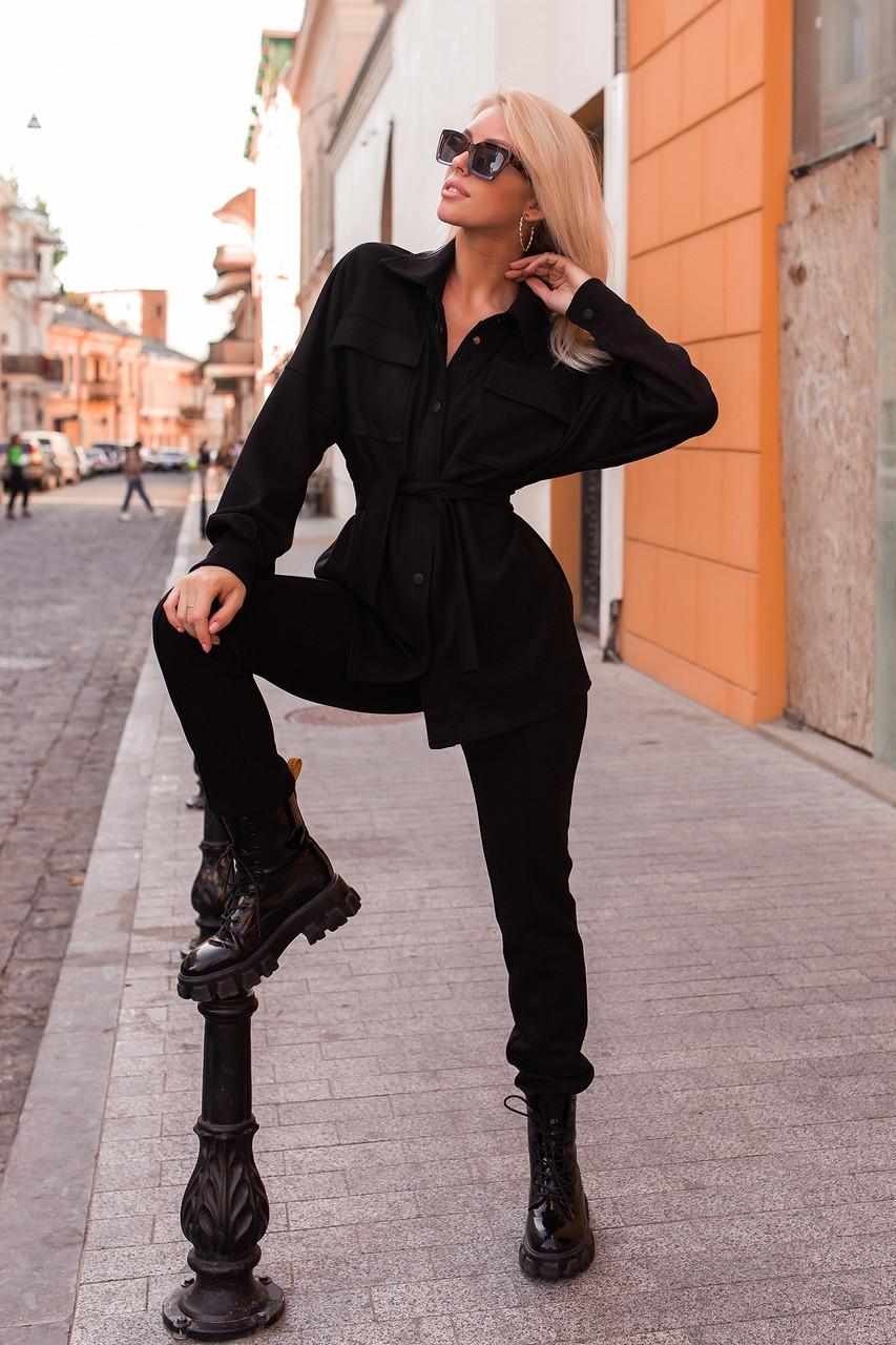Замшевый черный костюм- двойка, прямые брюки и рубашка оверсайз со спущеным плечем (р. 42-46) 50st1458